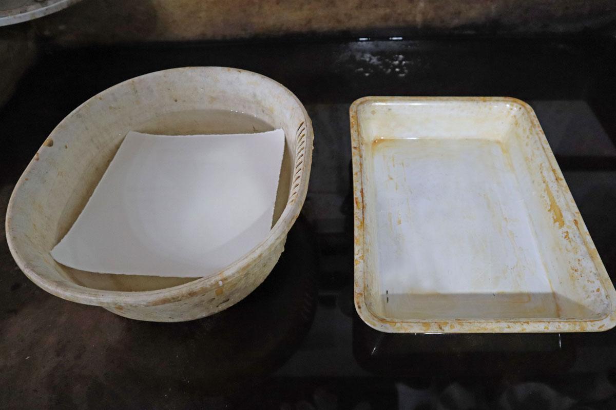 【銅版画の作り方  下準備編 その④ 】紙は濡らして使うもの