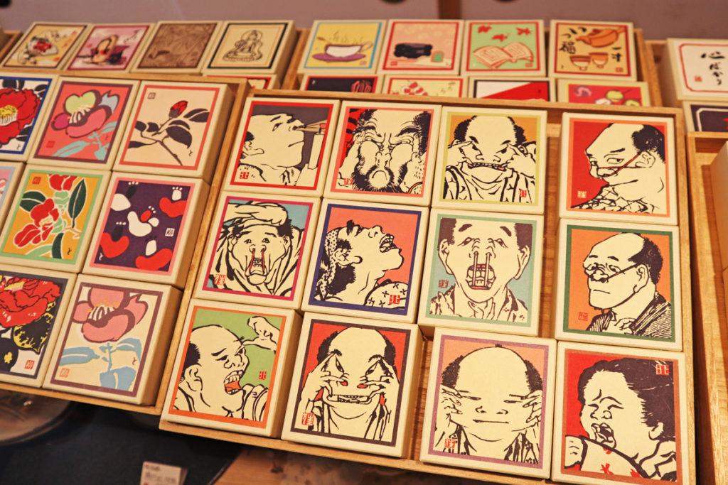 木版画のようなパッケージが魅力的 小箱のアート 十八番屋 花花(おはこや そうか)